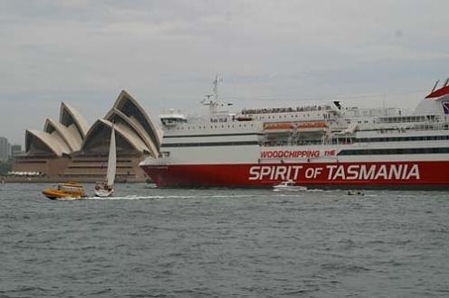 fr_tas_spirit-of-tasmania_banner_2004_500